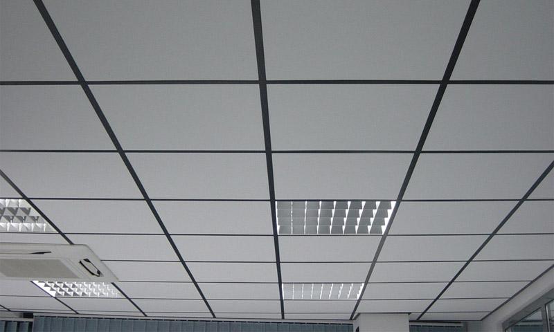 фото потолок армстронг